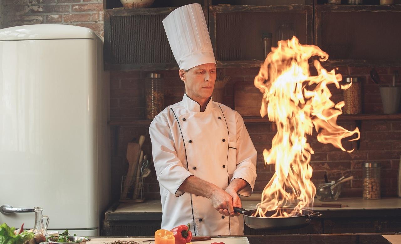 Cinco trucos de los mejores chefs del mundo para potenciar tu destreza en la cocina